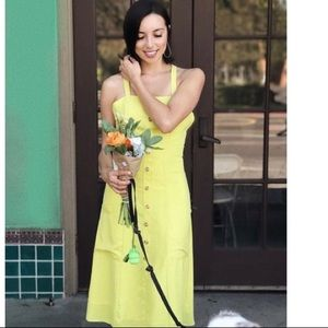 chartreuse yellow dress with pockets